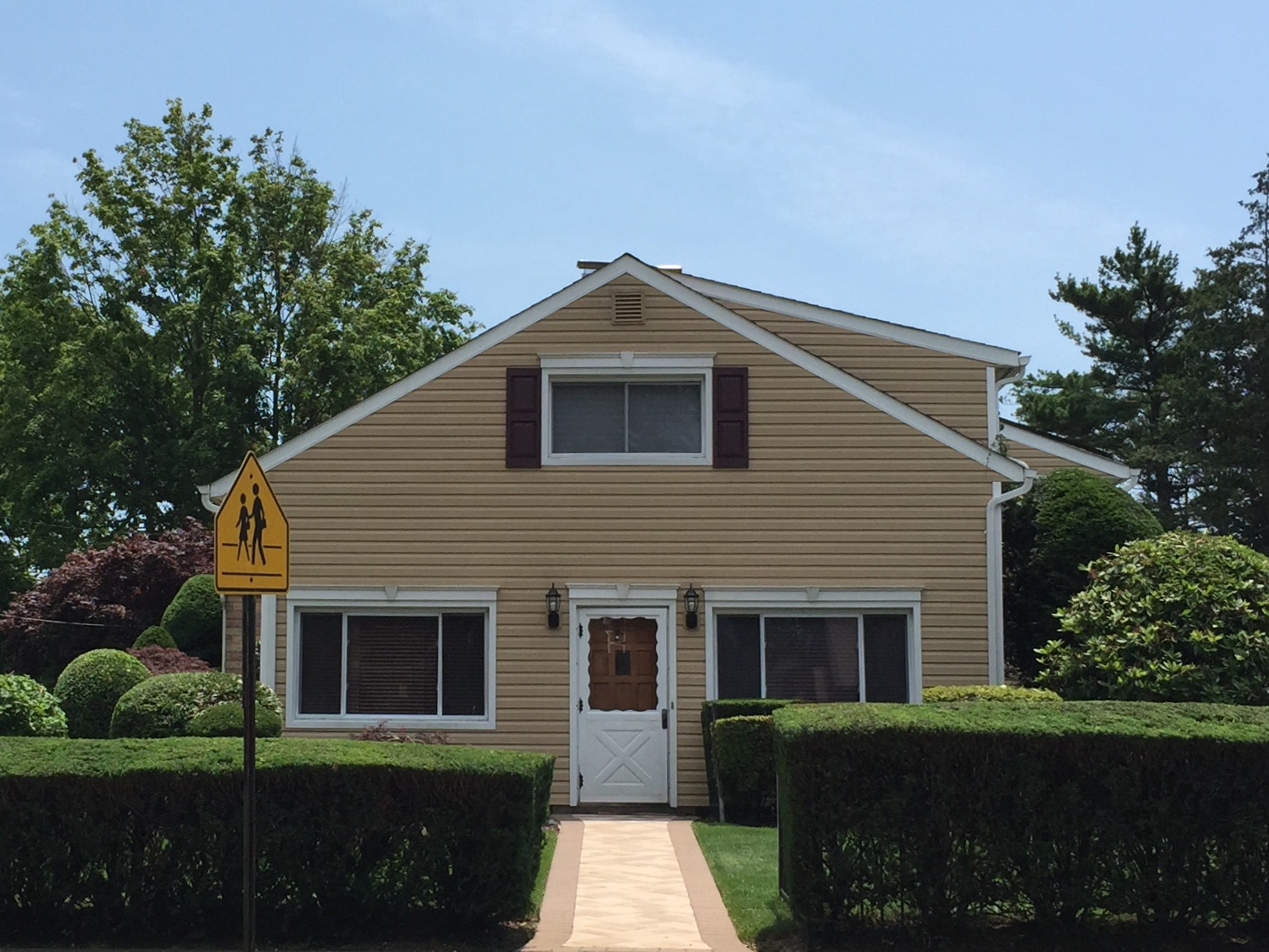 Model S1590 likewise B 507 r 7972 u c798b4 moreover Article 82633bc0 29bc 59a4 9615 A5b6b5d8e8fa together with Modern Cape Cod Craftsman Exterior Minneapolis also Whole House Remodels Philadelphia. on cape cod homes with stone
